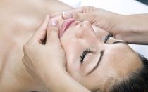 Лимфодренажный массаж лица: эффективность и правила проведения