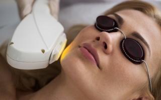 Фотоомоложение лица: описание процедуры