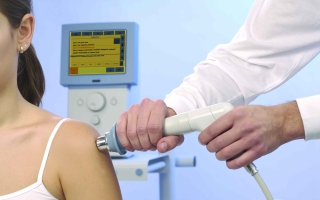 Ударно-волновая терапия в косметологии — описание процедуры