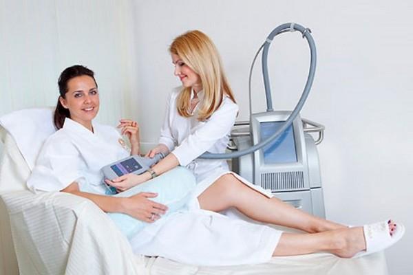 Криолиполиз можно совмещать с другими процедурами