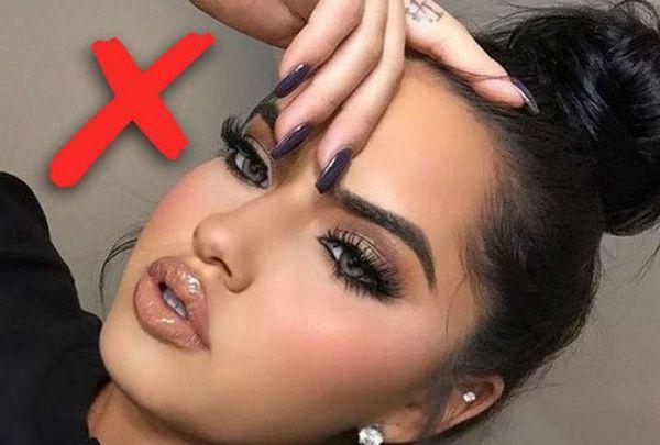 Не стоит пользоваться косметикой в первые дни после процедуры