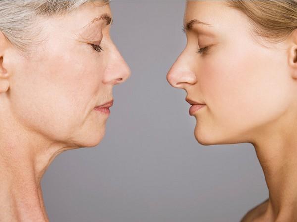Возрастные изменения кожи начинают проявляться после 30-ти