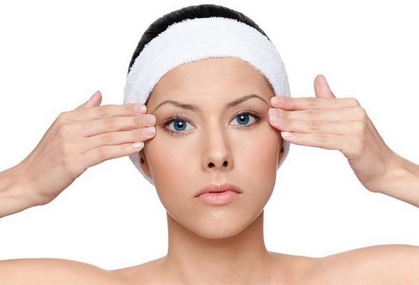 Такая процедура поможет избавиться от мешков и синяков под глазами