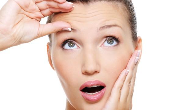 Морщины – следствие потери эластичности кожи