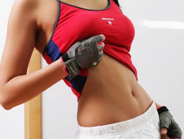 Нагрузки помогают тонизировать мышцы живота
