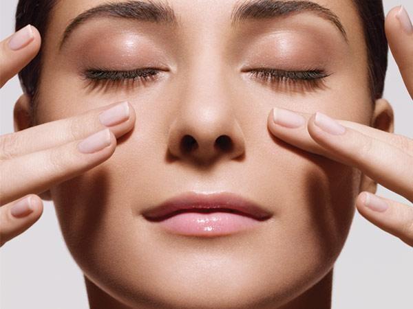 После любой косметологической процедуры нельзя массировать обработанный участок