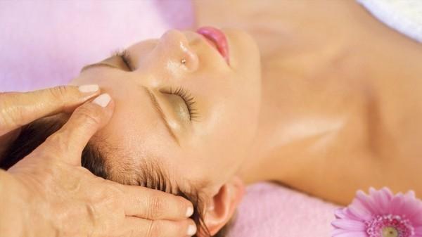 Массаж привлекает отсутствием возможности ухудшить состояние кожи
