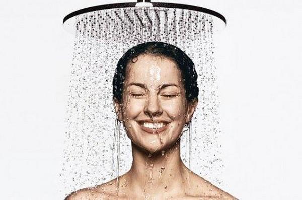 После процедуры рекомендуется принять контрастный душ