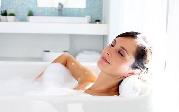 Стоит добиться равномерного распределения средства в ванне