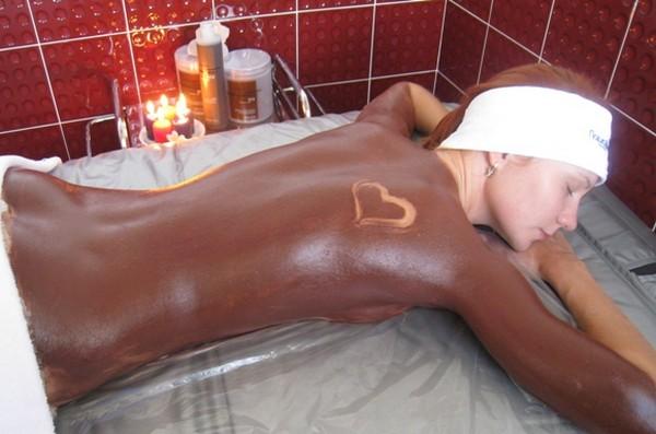 Используют и шоколад