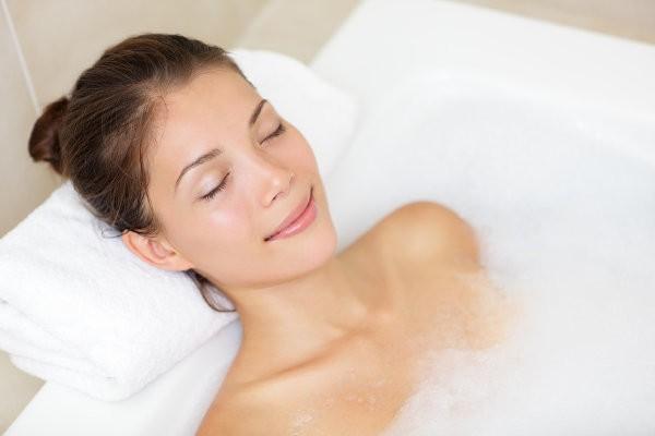 Ванну лучше сделать перед сном