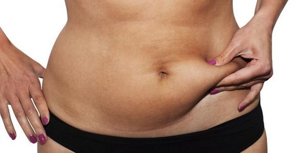Существуют различные причины отложения жира