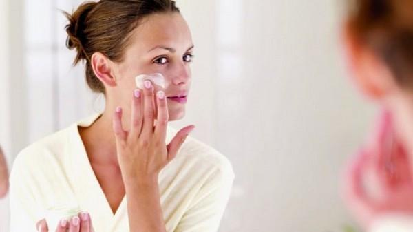 Если кожа воспалилась, можно воспользоваться успокаивающим кремом
