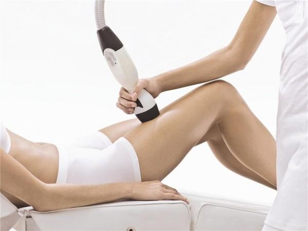 Процедура способствует подтяжке кожи