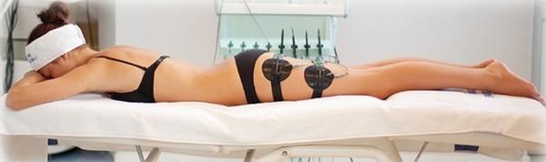 Разрушение жировых тканей проводится в три этапа