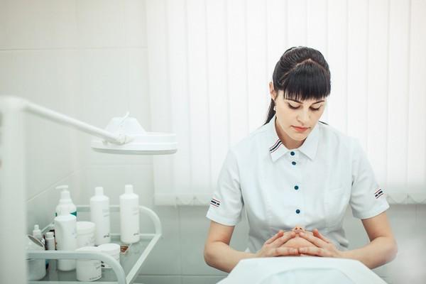 Косметолог, учитывая индивидуальные особенности пациента, определит необходимое количество сеансов