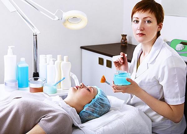 Выбор подходящего средства нужно делать с косметологом