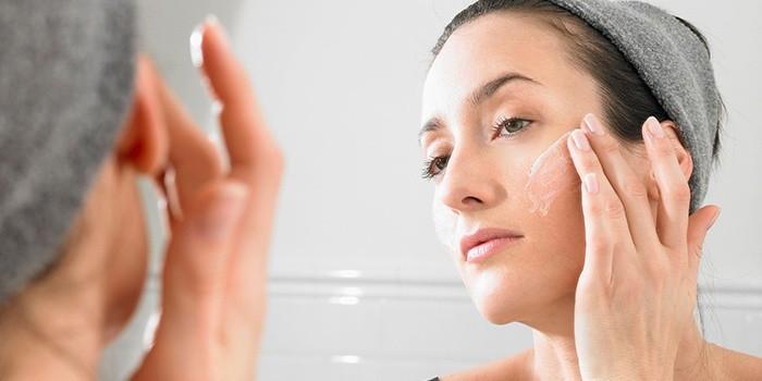 Наносить различные средства можно через 4-6 недель после фототермолиза