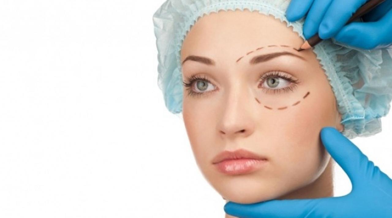 После пластической операции назначают сеансы ударно-волновой терапии