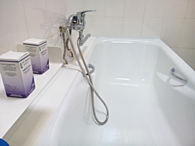 Перед облучением больному назначается лечебная ванна с аммифурином