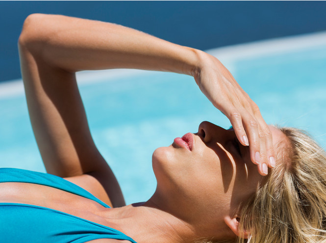 За несколько дней до процедуры следует ограничить пребывание на солнце