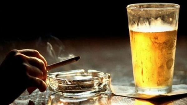 Алкоголь и сигареты не идут на пользу