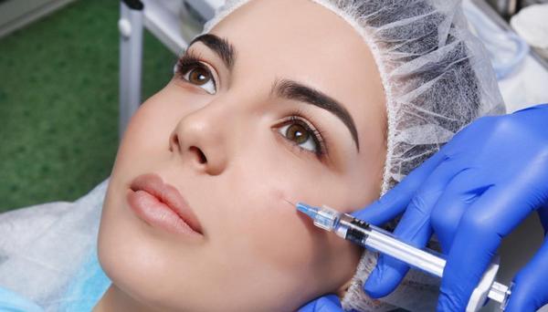 Для того чтобы пациент не испытывал дискомфорт, делают местную анестезию