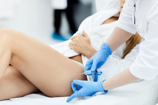 Поскольку процедура предполагает повреждение целостности кожи, врач должен соблюдать необходимые правила