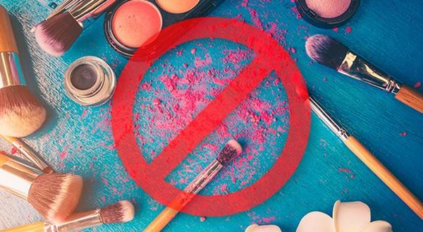 Нельзя перед процедурами пользоваться косметикой