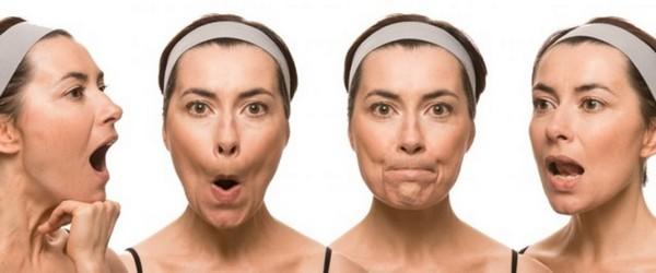 Можно напрягать мышцы лица, проговаривая различные звуки