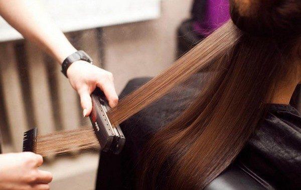 Кератиновое выпрямление помогает улучшить состояние волос