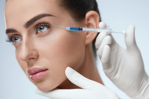Многие дефекты кожи можно исправить такой процедурой