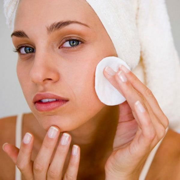 Перед процедурой поверхность кожи обеззараживают