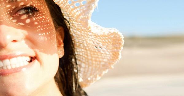 Стоит защищать кожу от попадания на неё солнечных лучей