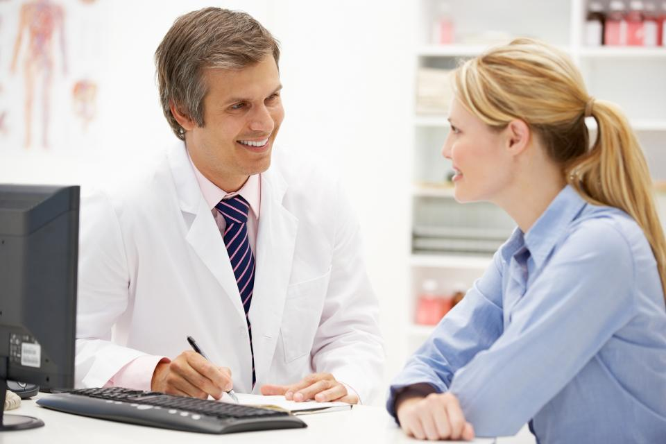 По поводу приема лекарств необходимо консультироваться с врачом за несколько дней до процедуры