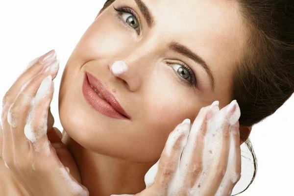 После процедуры важно тщательно ухаживать за кожей