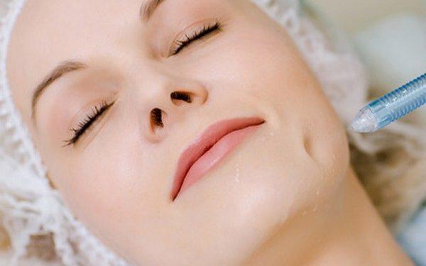 С помощью такой процедуры можно значительно улучшить состояние кожи