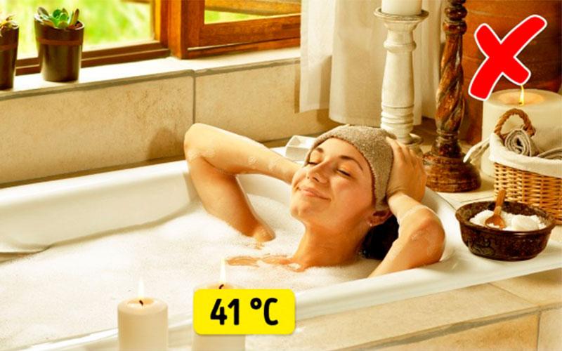 После лазерной эпиляции несколько дней нельзя принимать горячую ванну