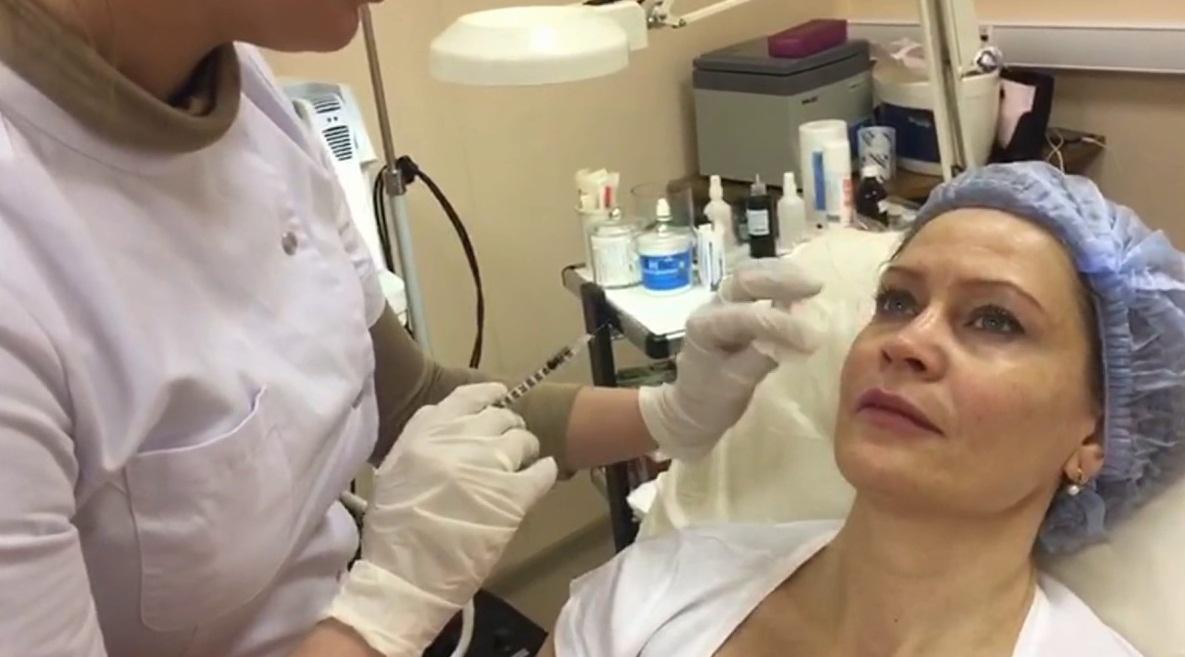 Процедура должна проводиться в стерильных условиях опытным специалистом
