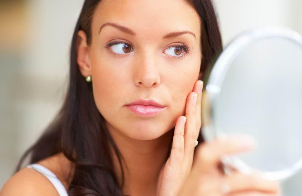 Для поддержания тонуса кожи пируватный пилинг делают раз в полтора месяца