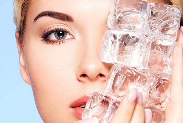 Вполне можно использовать холодные компрессы из льда