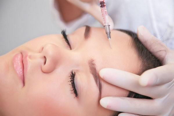 Мезотерапия помогает бороться с разными проблемами кожи