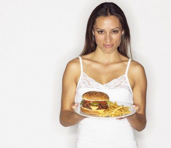 Лучше не набирать вес после проведения глютеопластики, иначе результат может пропасть