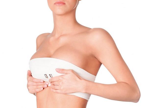 Маммопластика проходит достаточно быстро и, как правило, без осложнений