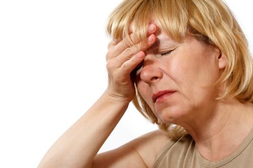 Мезотерапия противопоказана при общем недомогании, интоксикации организма