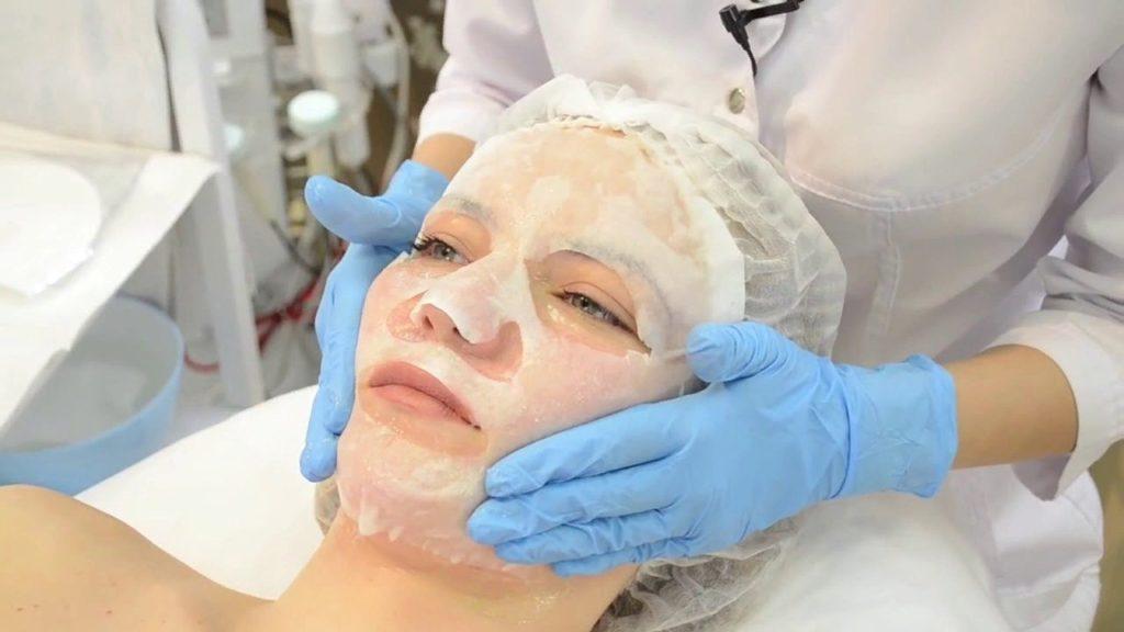 После введения филлеров кожу требуется успокоить
